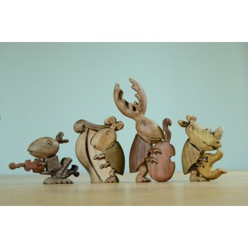 4 insectes musiciens