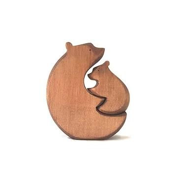 Câlin d'ours brun