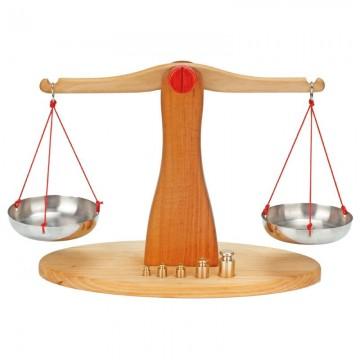Balance en bois d'aulne