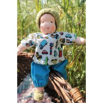 Poupée Waldorf 22 cm : enfant cheveux châtains
