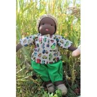 Poupée Waldorf 32 cm : enfant cheveux noirs