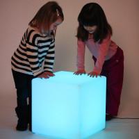 Grand cube lumineux
