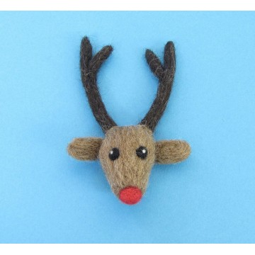 Kit de feutrage : broche renne au nez rouge