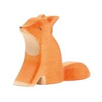 Petit renard assis