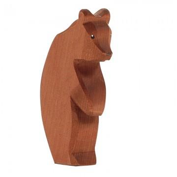 Grand ours brun sur deux pattes tête baissée