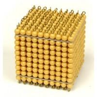 Cube de 1 000 perles dorées