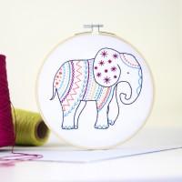 """Kit de broderie """"Elephant"""""""
