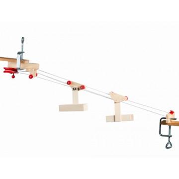 Mini funiculaire à deux nacelles et station